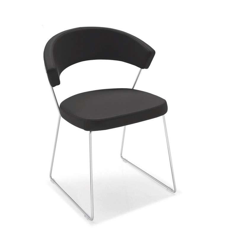 Chaise design en cuir et m tal new york calligaris 4 - Chaise metal cuir ...