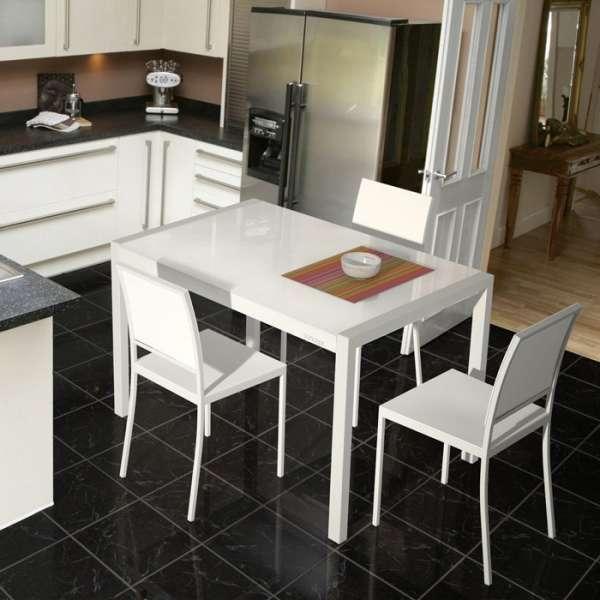 Table en verre extensible concept 4 pieds tables chaises et tabourets - Table extensible chaises ...
