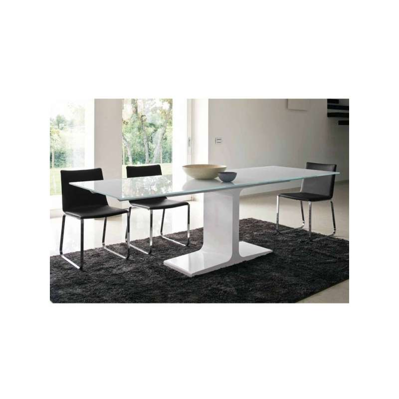 Table design extensible en verre palace sovet 4 pieds for Table en verre extensible