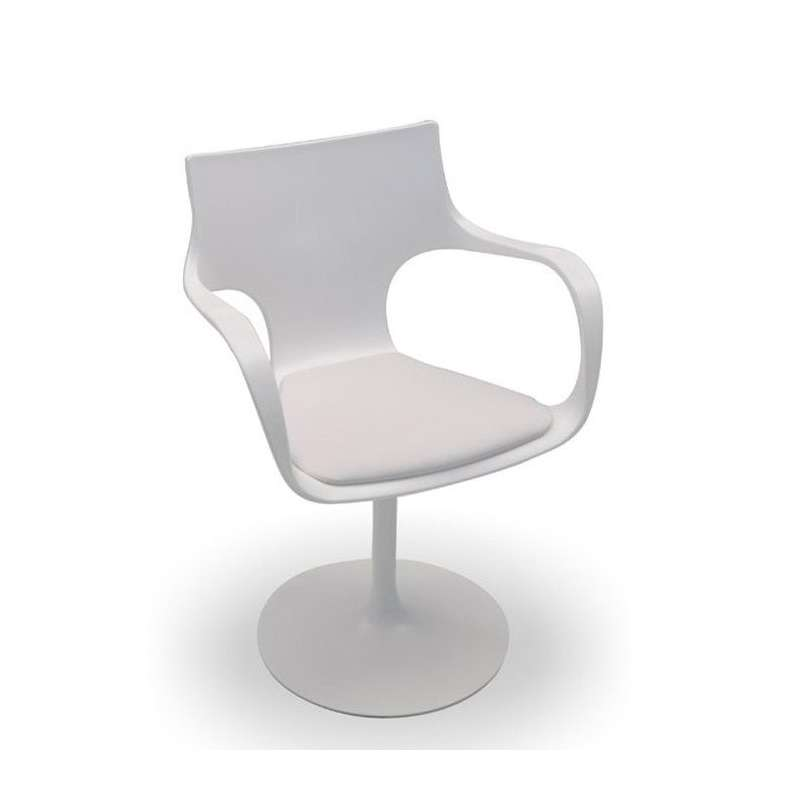 Chaise design pivotante avec accoudoirs fl te sovet 4 for Les chaises design