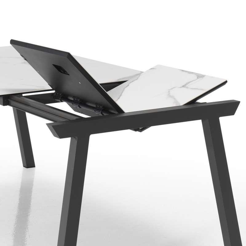 table moderne extensible en c ramique benidorm moblib rica 4 pieds tables chaises et. Black Bedroom Furniture Sets. Home Design Ideas