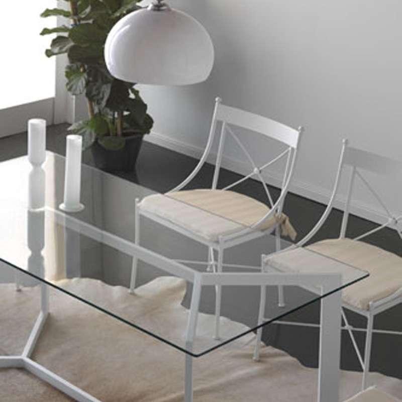 chaise en fer forg paris 4 pieds tables chaises et tabourets. Black Bedroom Furniture Sets. Home Design Ideas