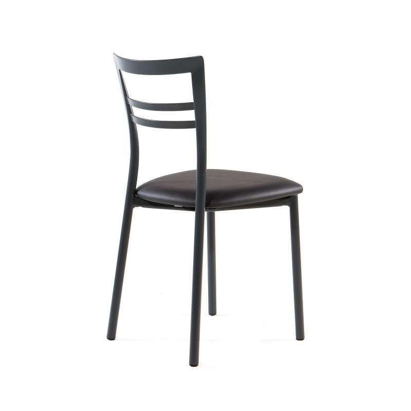 chaise de cuisine unigro avec des id es int ressantes pour la conception de la. Black Bedroom Furniture Sets. Home Design Ideas