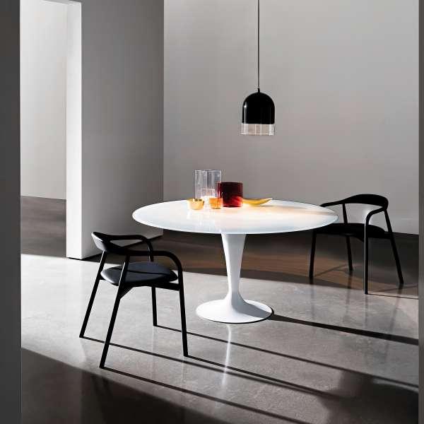 table ronde design en verre fl te sovet 4 pieds. Black Bedroom Furniture Sets. Home Design Ideas