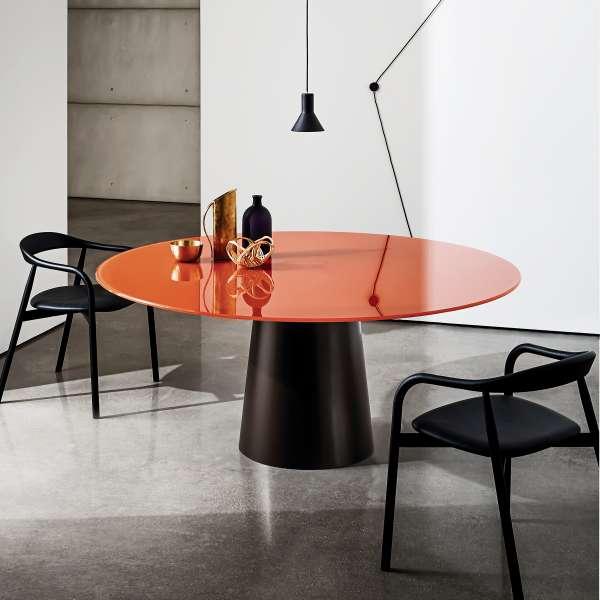 Table ronde design en verre totem sovet 4 pieds tables chaises et tabourets - Table ronde en verre design ...