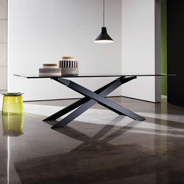 Table de salle à manger design en verre et métal - Cross 3 - 3