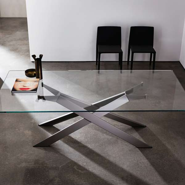 Table de salle à manger design en verre et métal - Cross 2 - 2