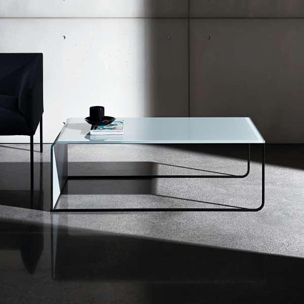 table basse gigogne en verre nido 4 pieds tables chaises et tabourets. Black Bedroom Furniture Sets. Home Design Ideas