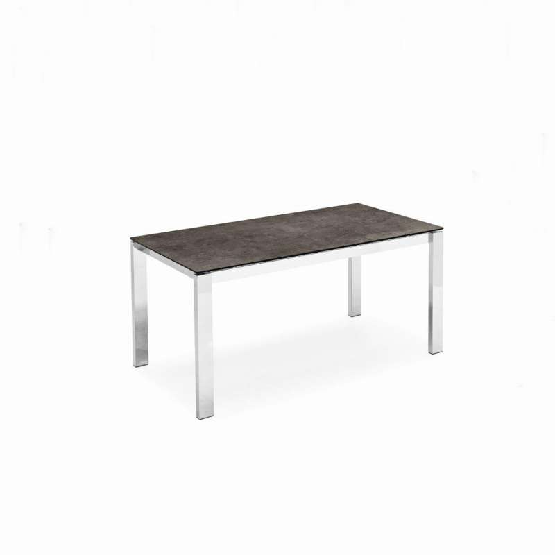 Table extensible en c ramique et m tal baron connubia for Table 4 pieds