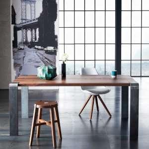 Table design industriel en bois massif et métal - Siviglia