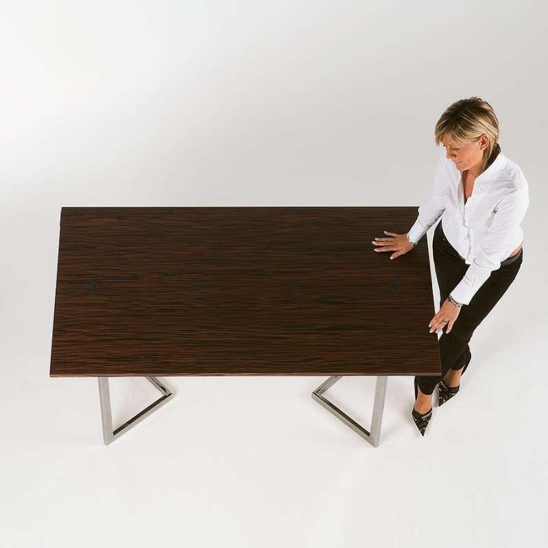 table console modulable en bois et m tal giravolta 130 4 pieds tables chaises et tabourets. Black Bedroom Furniture Sets. Home Design Ideas
