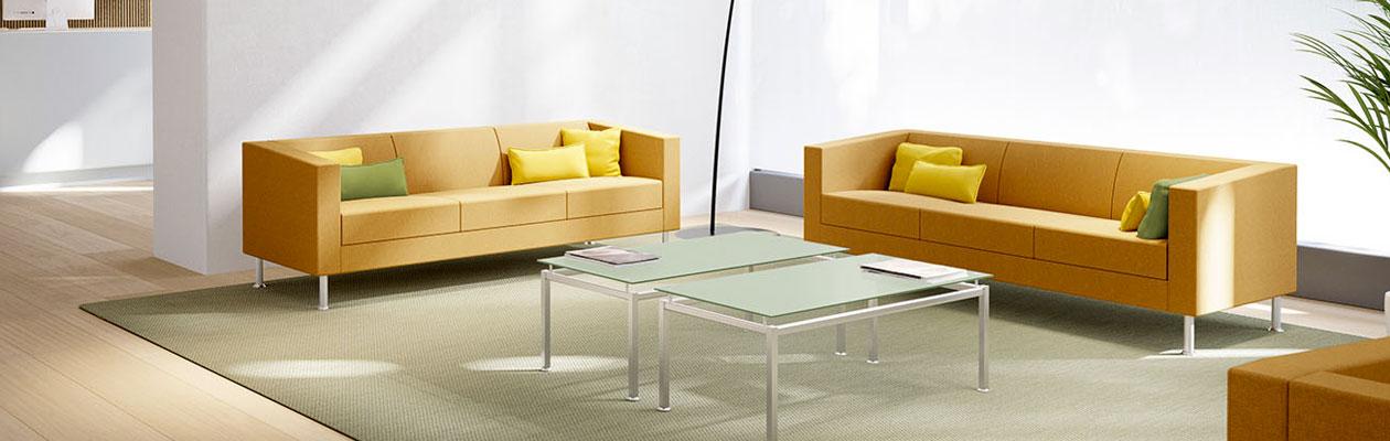mobilier salle d attente et accueil 4 pieds tables chaises et tabourets