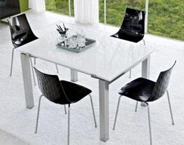 Table en verre colorée