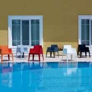 4 pieds vente de tables chaises et tabourets de qualit for Entretien jardin herblay
