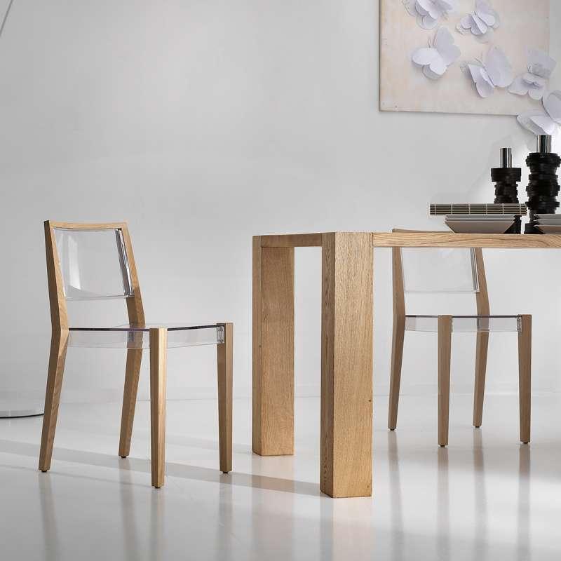 chaise design transparente avec structure en bois massif together 4. Black Bedroom Furniture Sets. Home Design Ideas