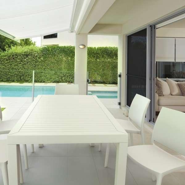Table de terrasse rectangulaire en résine blanche - Ares - 4