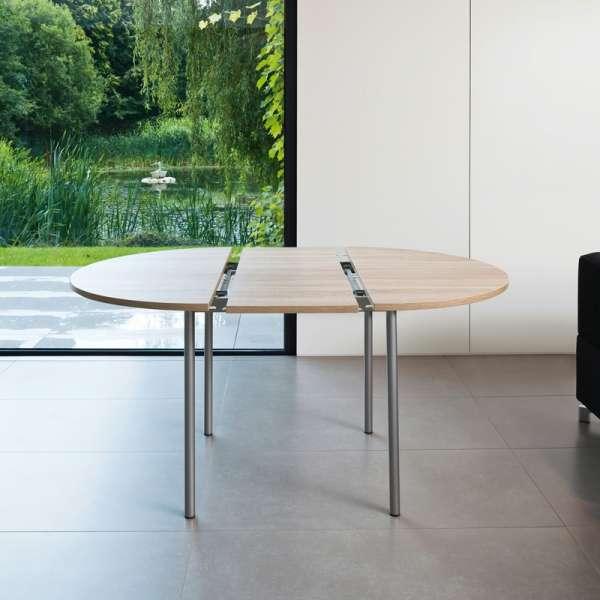 Table de cuisine ronde en stratifi avec rallonge basic for Table cuisine 4 pieds