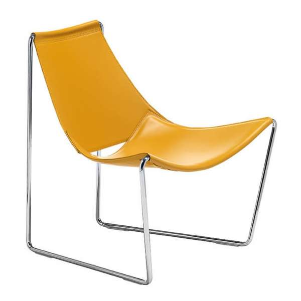 Chaise design en cuir relax apelle midj 4 pieds for Chaise 4 pieds design