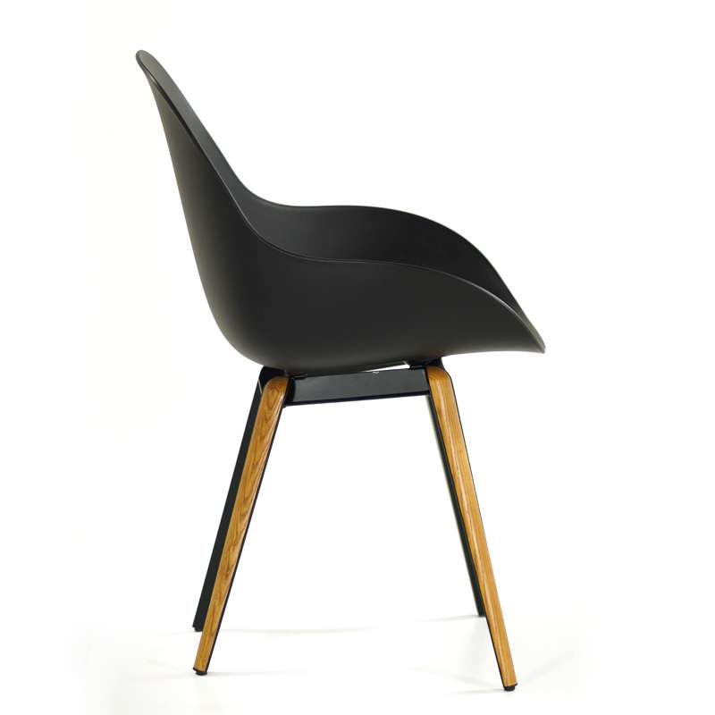 Chaise noire design slice dimple closed kubikoff 6
