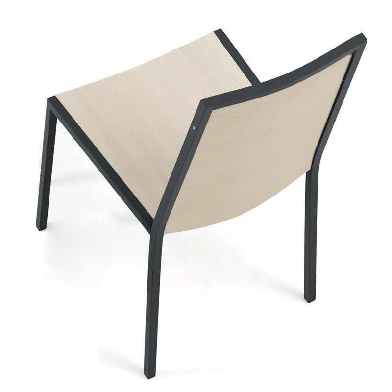 Chaise cuisine noir chaise stockholm ikea avec coussin en for Chaise de cuisine en cuir noir