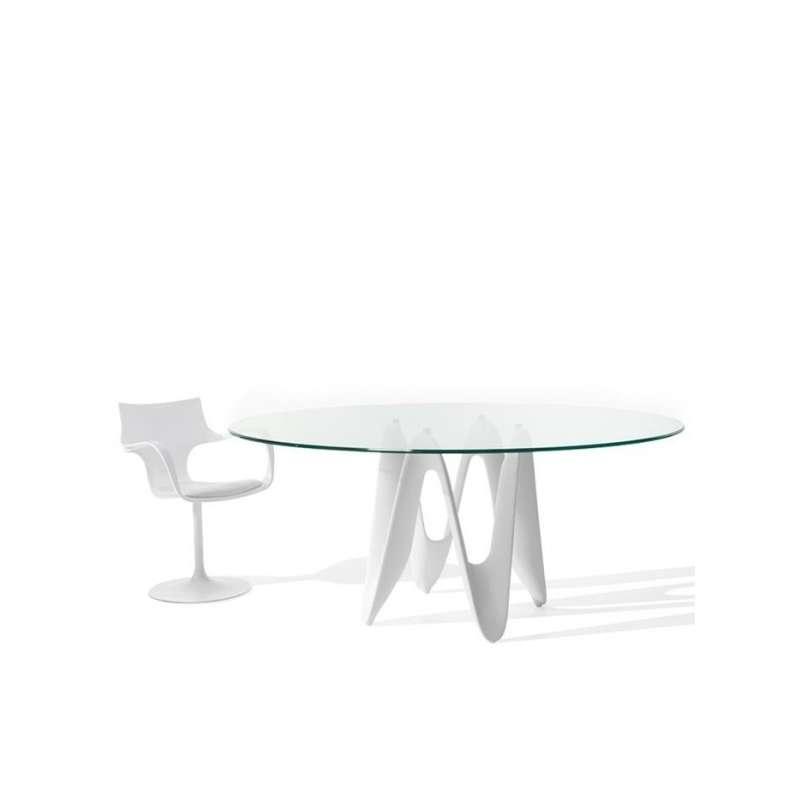 table ovale design en verre lambda sovet 4 pieds tables chaises et tabourets. Black Bedroom Furniture Sets. Home Design Ideas