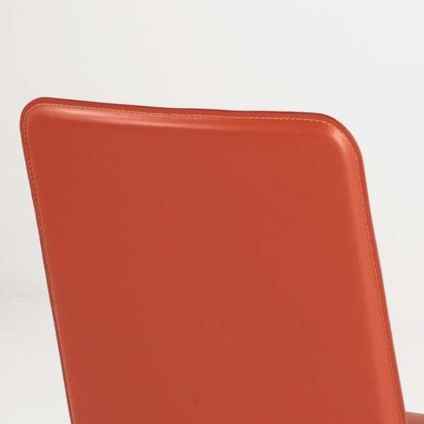 Chaise en croûte de cuir -  Ely-Plus 6 - 8
