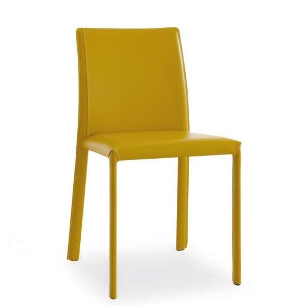 chaise en cro te de cuir kiris 4 pieds tables. Black Bedroom Furniture Sets. Home Design Ideas