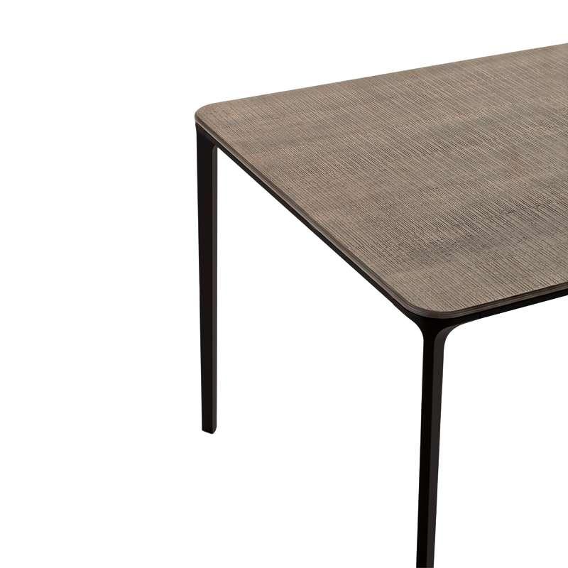 Table design extensible en bois slim sovet 4 pieds for Table extensible en bois