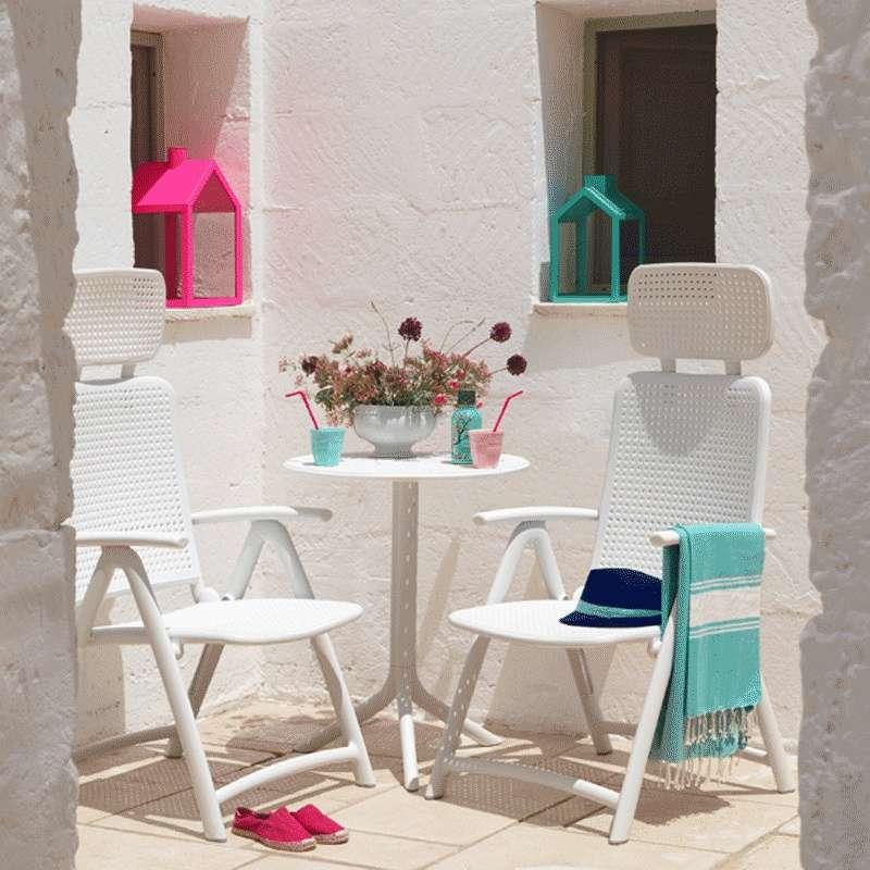 table d 39 appoint de jardin modulable en polypropyl ne. Black Bedroom Furniture Sets. Home Design Ideas