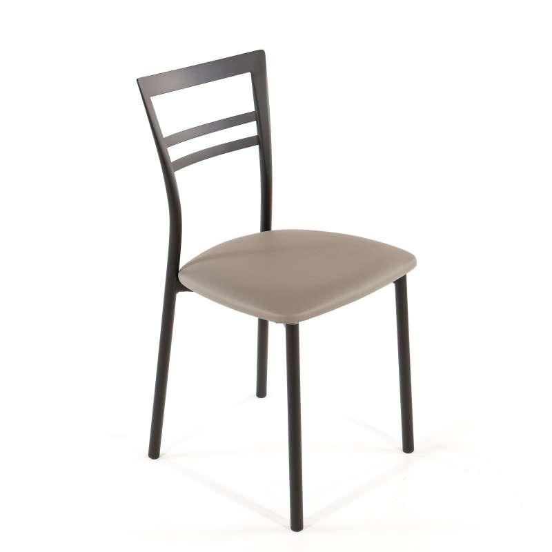 Chaise de cuisine quatre pieds avec des for Chaise rembourree blanche