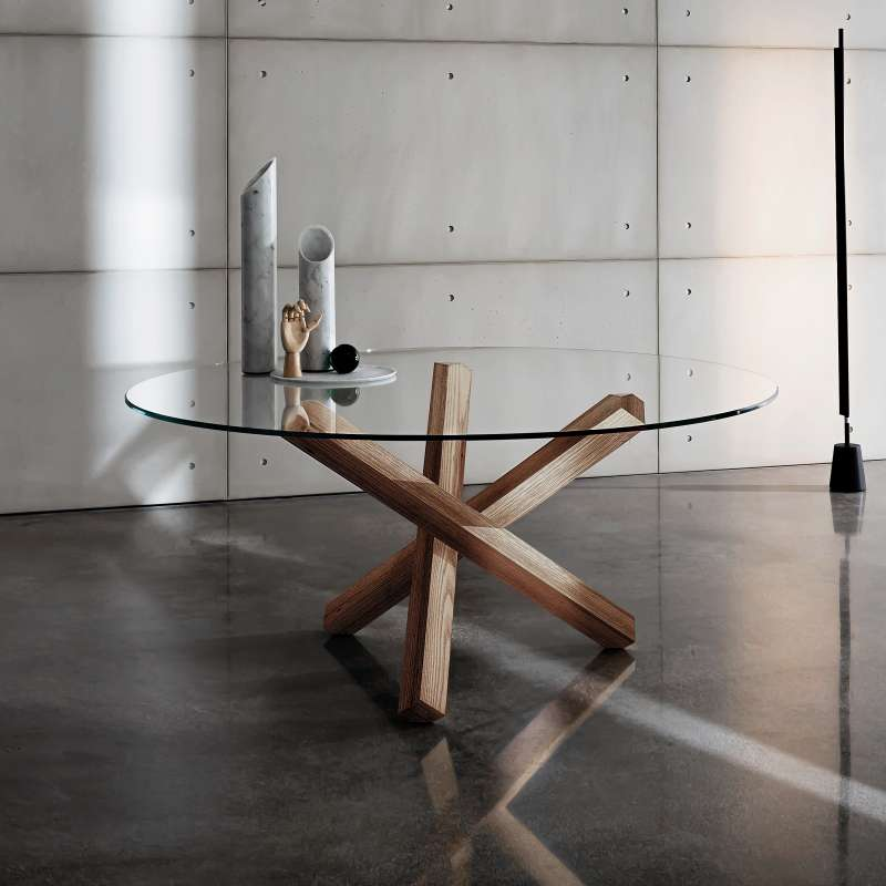 Table en verre design ronde aikido sovet 4 pieds tables chaises et ta - Table a manger en verre design ...
