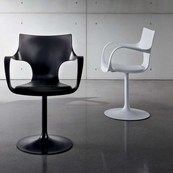 chaise design pivotante avec accoudoirs fl te sovet 4. Black Bedroom Furniture Sets. Home Design Ideas