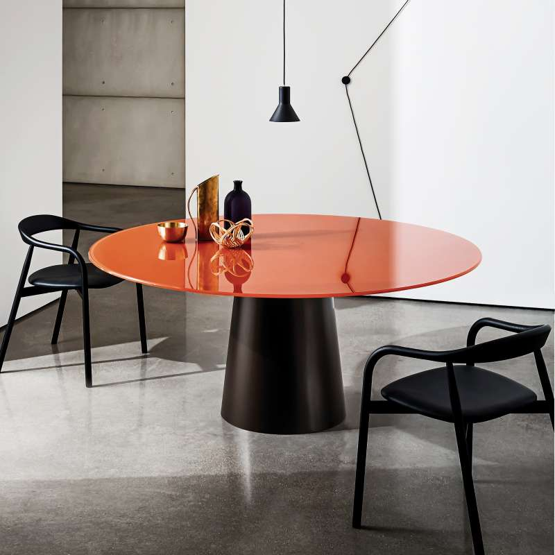 Table ronde design en verre totem sovet 4 pieds for Table ronde cuisine design