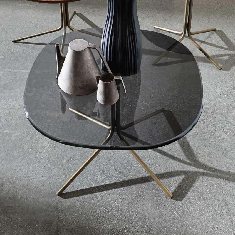 Grande table basse verre tremp pi tement design chrome for Table basse design verre et metal