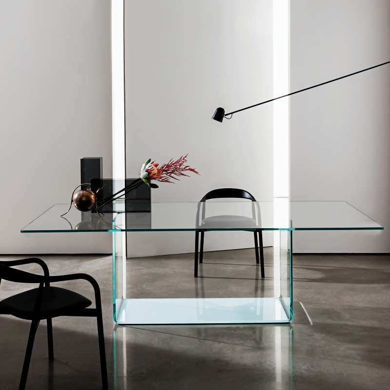 Table de salle manger design en verre valencia sovet for Table salle a manger verre