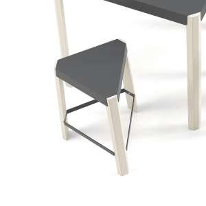 Tabouret bas triangulaire en métal et bois - Podio 3