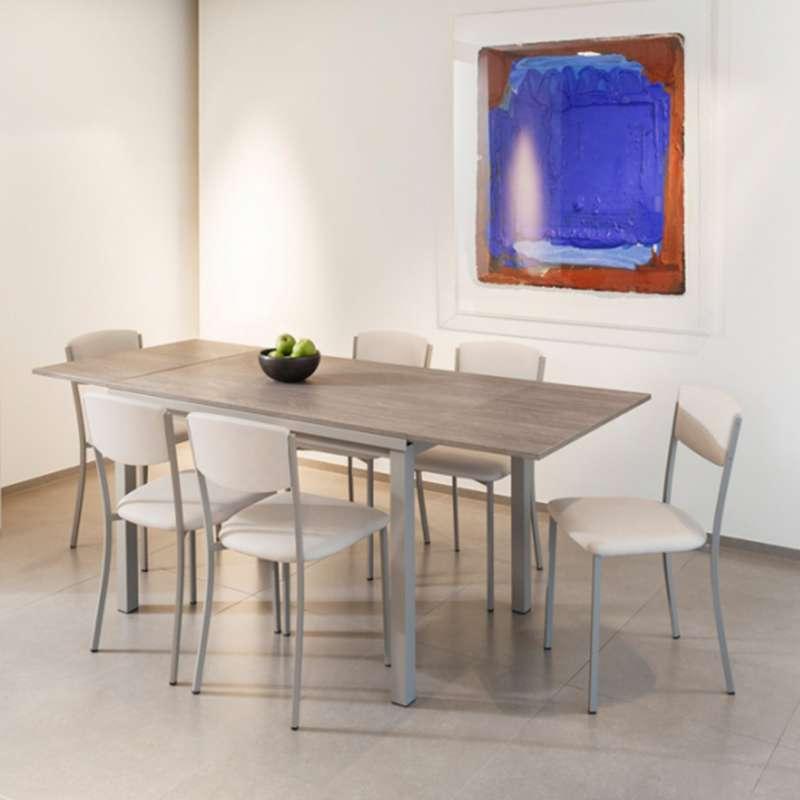 table de cuisine extensible en stratifi vienna 4 pieds tables chaises et tabourets. Black Bedroom Furniture Sets. Home Design Ideas