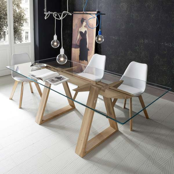 table design en verre tremp et bois massif tokyo 4 pieds tables chaises et tabourets. Black Bedroom Furniture Sets. Home Design Ideas