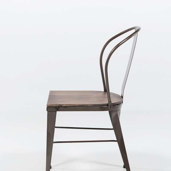 chaise industrielle en acier brut vernis, assise bois pin rustique 7 - 8
