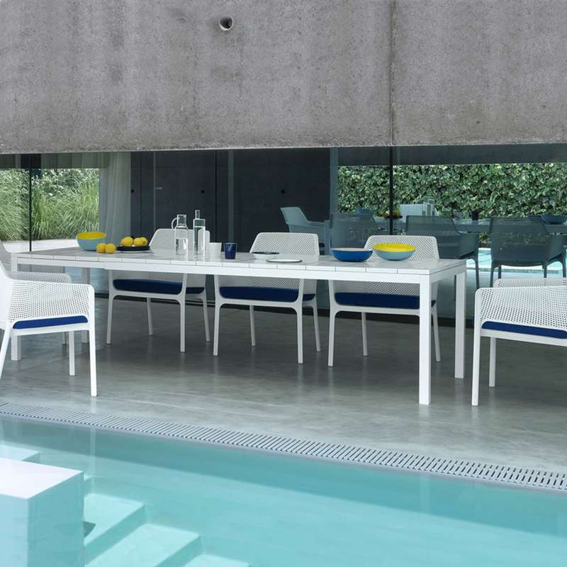 Beautiful table de jardin extensible contemporary for Table extensible resine