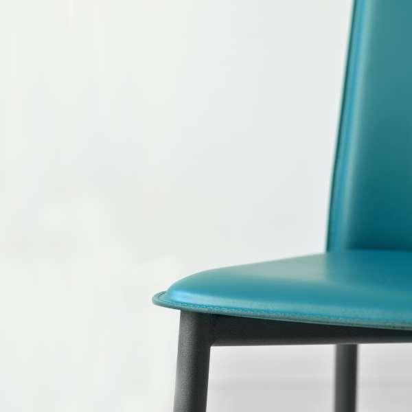 Chaise en croûte de cuir -  Ely-Plus 12 - 12