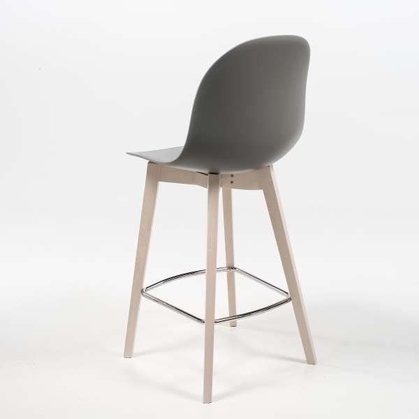 tabouret scandinave en polypropyl ne et bois 1672. Black Bedroom Furniture Sets. Home Design Ideas