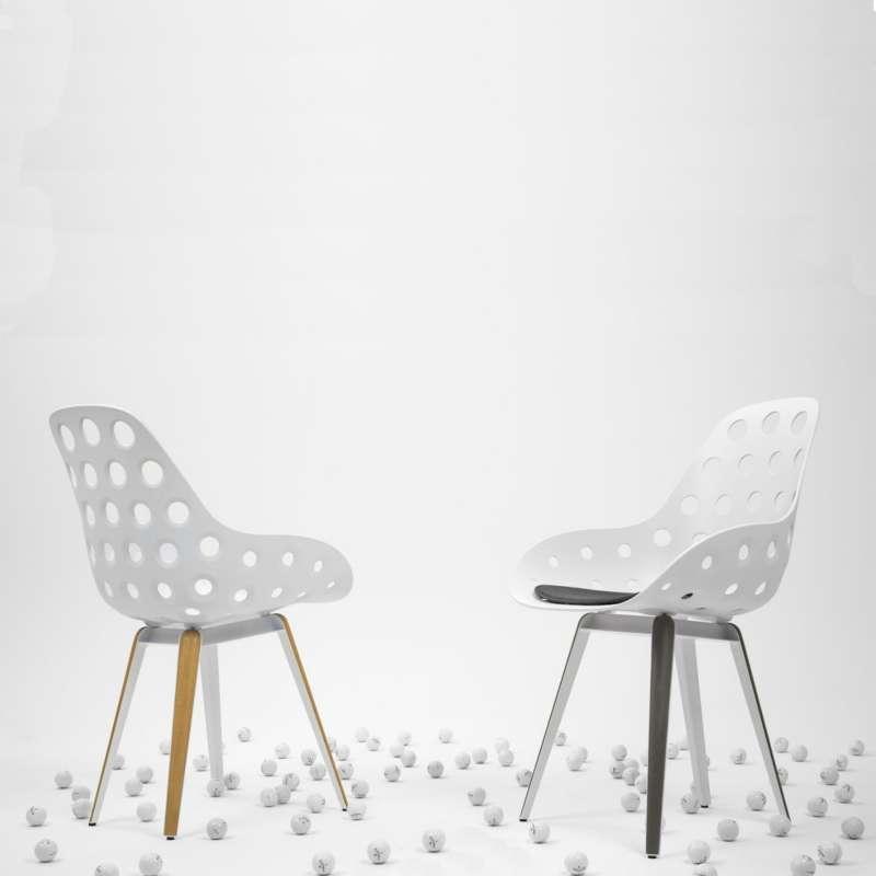 Chaise Design Ajoure En Polypropylne Mtal Et Bois