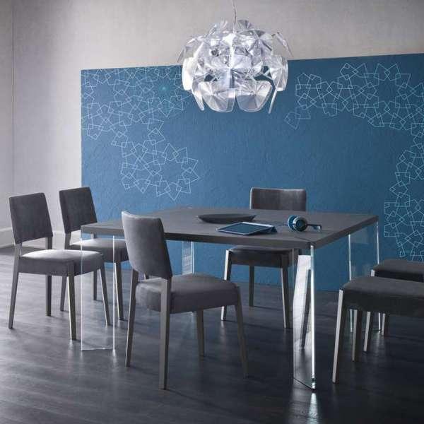 Table carrée design en ecomalta et verre - Concrete