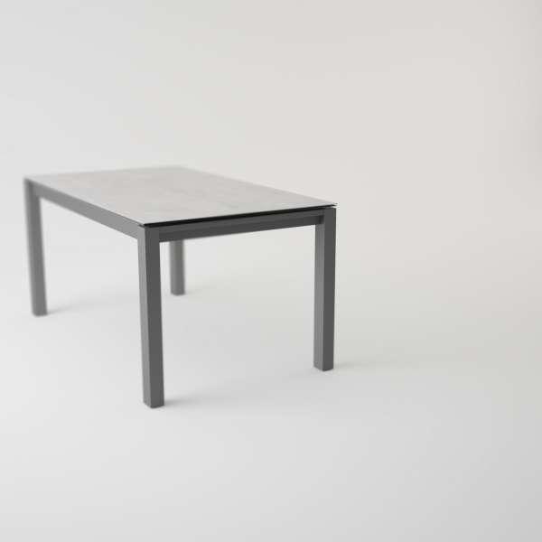table moderne en c ramique extensible quadra 4. Black Bedroom Furniture Sets. Home Design Ideas