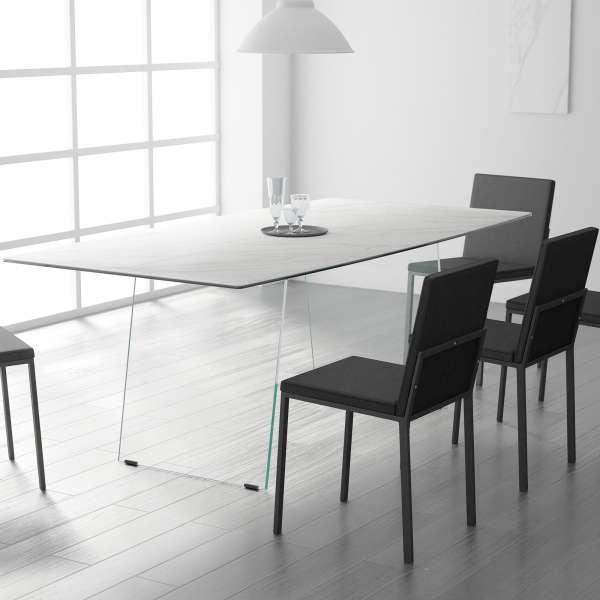 Table design céramique avec pieds en verre -  forme elliptique - Domo