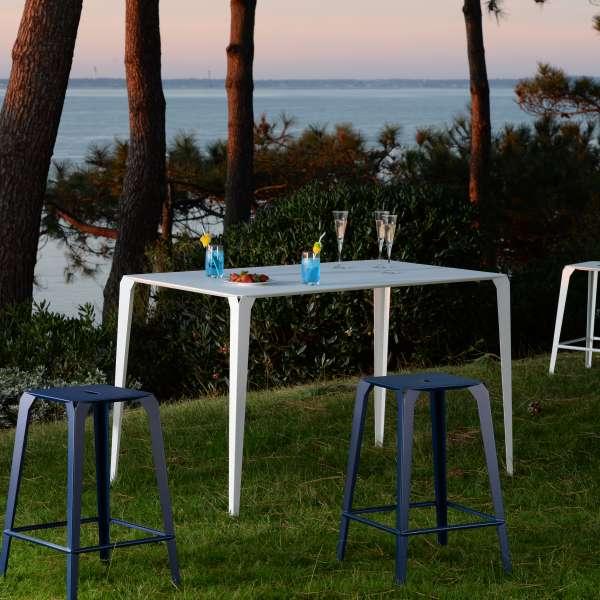 Table snack industrielle rectangulaire pour jardin en métal - Valence