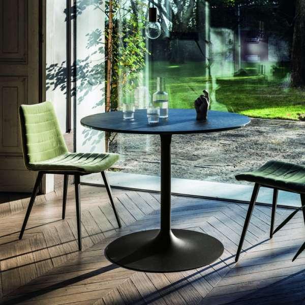Table ronde pied central design en c ramique et m tal - Table pied central design ...