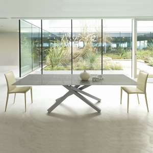 Table design extensible en verre trempé gris et piétement mikado en métal gris - Péchino Midj®