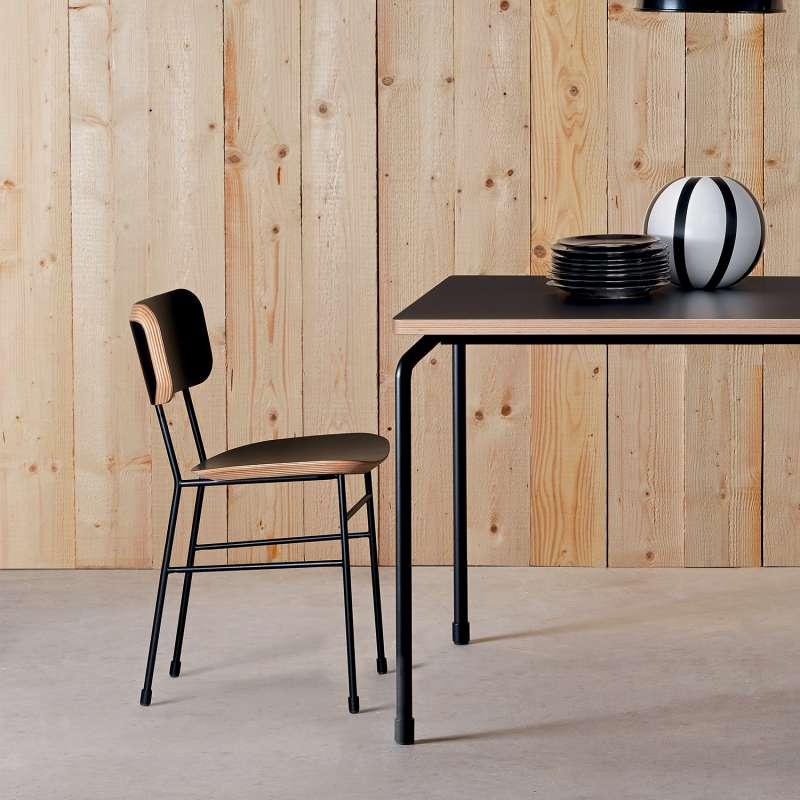 chaise r tro en f nix et m tal master s midj 4 pieds tables chaises et tabourets. Black Bedroom Furniture Sets. Home Design Ideas